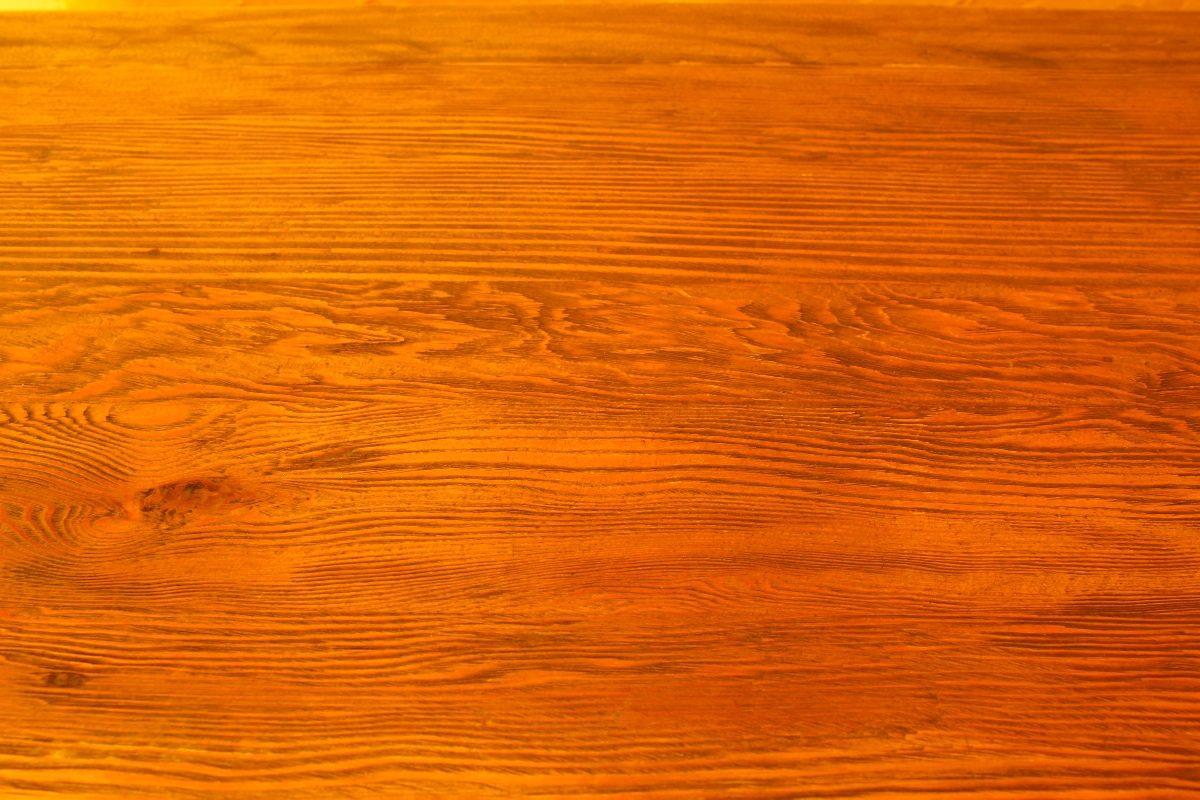 Ebanister a y carpinter a clases de madera - Puertas color pino ...
